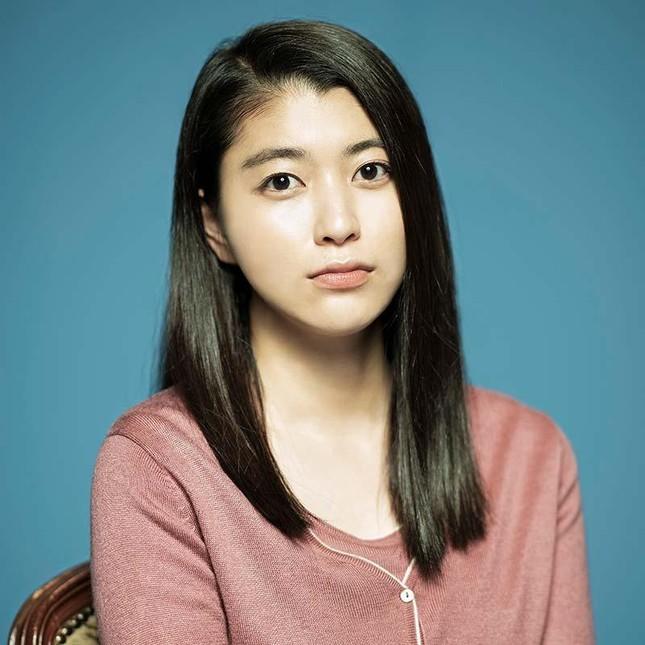Hoa hậu sở hữu sắc vóc nóng bỏng nghi hẹn hò Lee Min Ho ảnh 5