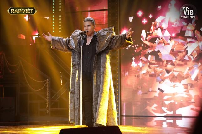 GDucky mang opera vào rap tại bảng tử thần, 'lột xác' ma mị hát 'Tiền Nhiều Để Làm Gì?' ảnh 4