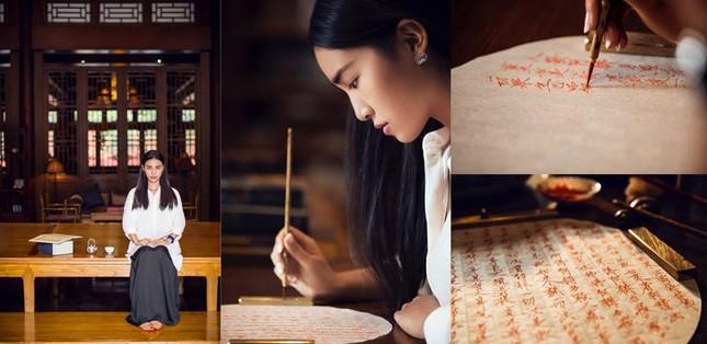 Tranh cãi thiết kế của nhiếp ảnh gia nổi tiếng Trung Quốc giống hệt áo dài Việt Nam ảnh 3