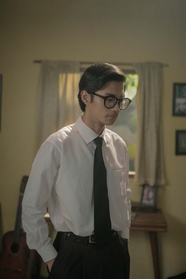 Chàng trai 25 tuổi vào vai Trịnh Công Sơn khiến em gái cố nghệ sĩ rơi nước mắt ảnh 2