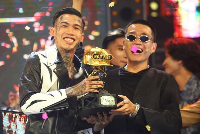HLV Karik 'khóc vì hối hận' với GDucky tại Chung kết Rap Việt ảnh 3