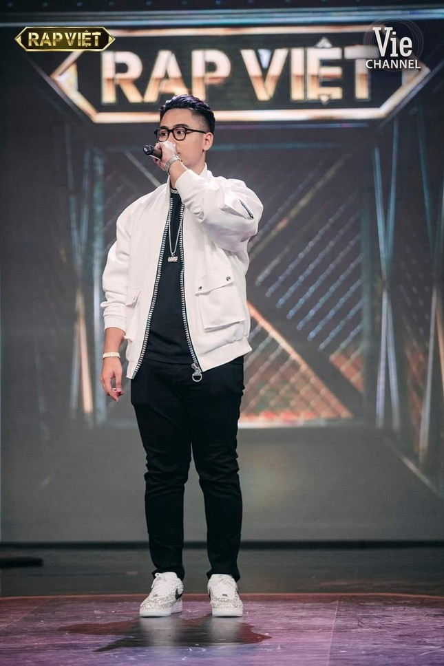 HLV Karik 'khóc vì hối hận' với GDucky tại Chung kết Rap Việt ảnh 1