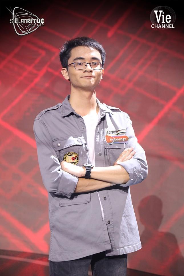 Điểm mặt dàn cựu thí sinh Đường Lên Đỉnh Olympia 'công phá' Siêu Trí Tuệ Việt Nam ảnh 6