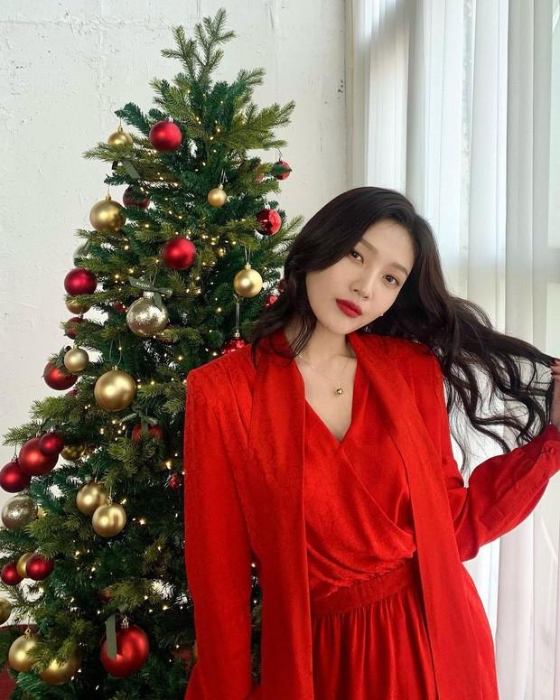 'Ma nữ đẹp nhất Thái Lan' Mai Davika đẹp mê hồn trong bộ ảnh bikini mới ảnh 9