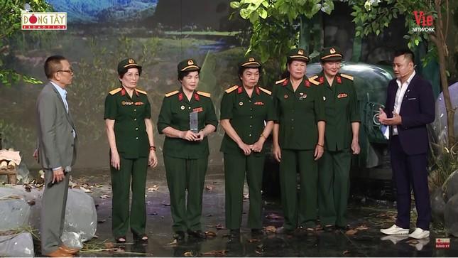 Xúc động nghe đội nữ chiến sĩ lái xe Trường Sơn kể những ngày bom đạn gian khổ ảnh 4