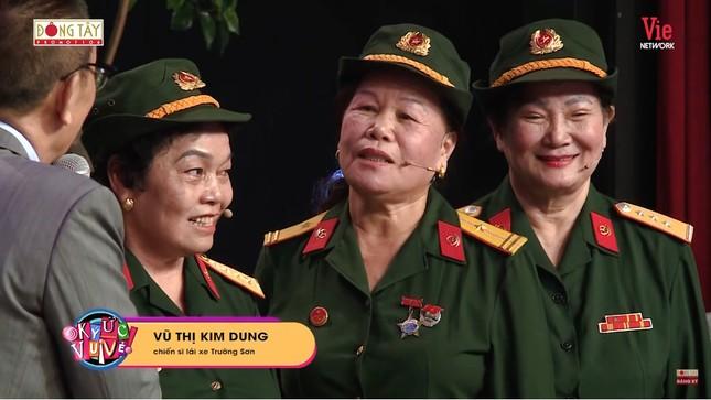 Xúc động nghe đội nữ chiến sĩ lái xe Trường Sơn kể những ngày bom đạn gian khổ ảnh 3