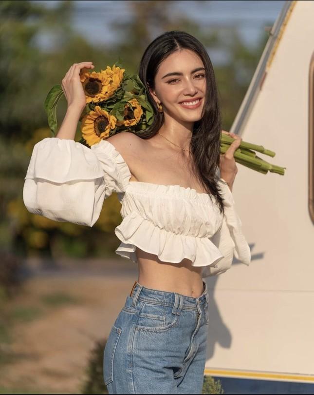 Mê đắm với loạt hình 'ma nữ đẹp nhất Thái Lan' khoe nhan sắc rạng rỡ hơn hoa ảnh 4
