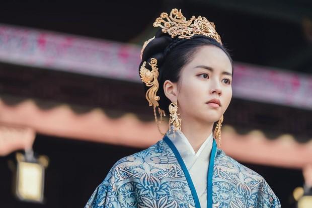 Phim Trung Quốc gây cười vì phi thực tế:Thổi trà sữa ra bong bóng xà phòng ảnh 5