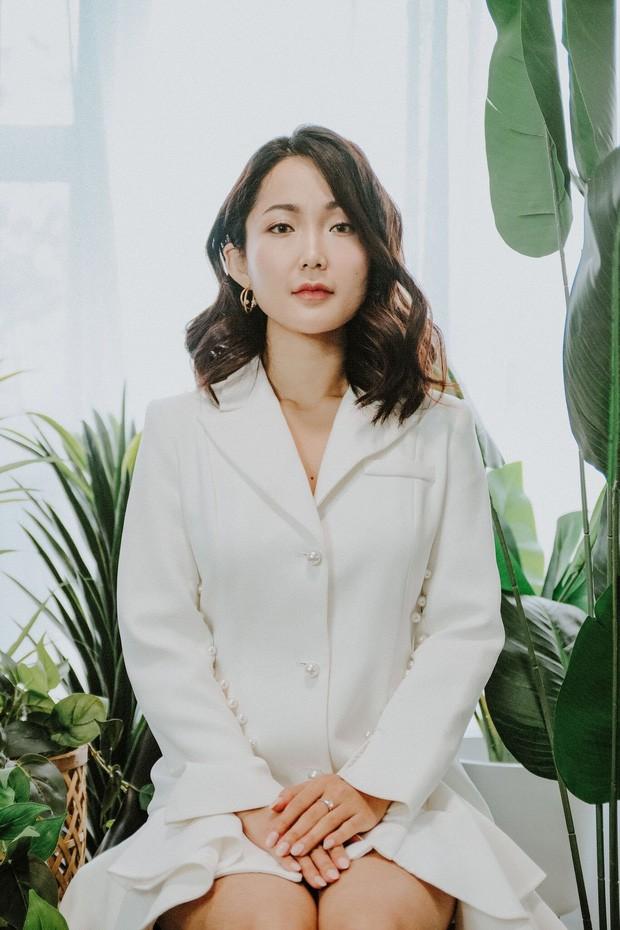 Diễn viên vai Hạnh 'cận' - Kính Vạn Hoa làm giảng viên đại học ở Australia ảnh 4