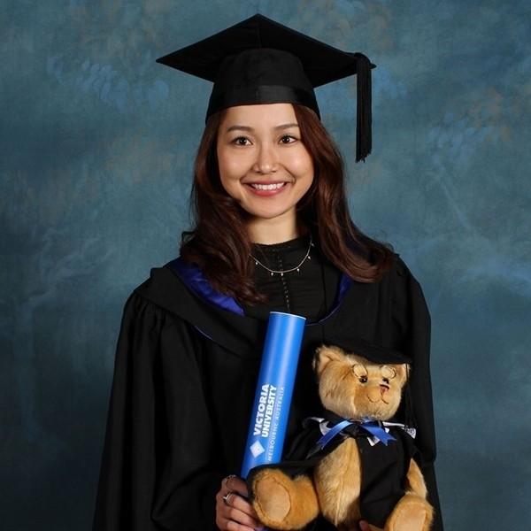 Diễn viên vai Hạnh 'cận' - Kính Vạn Hoa làm giảng viên đại học ở Australia ảnh 3