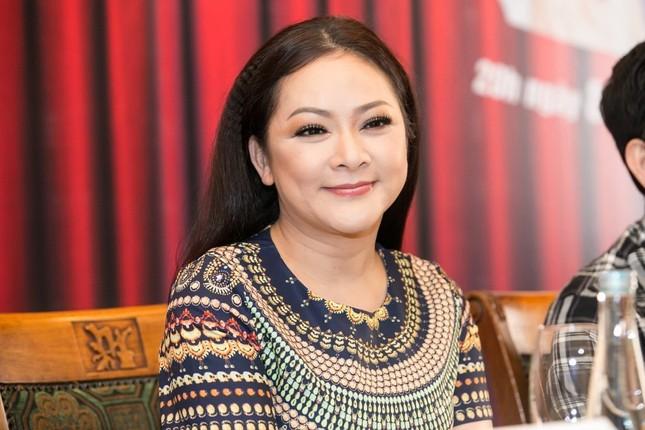 Như Quỳnh đăng ảnh cùng 'Bé Heo', gặp gỡ Trấn Thành khi về Việt Nam đón Tết sau 30 năm ảnh 1