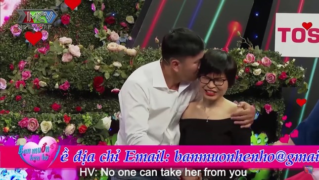 Quyền Linh hoảng hốt khi chàng trai 'cướp' nụ hôn đầu của cô gái chưa mảnh tình 'vắt vai' ảnh 5
