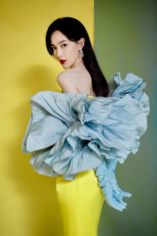 Địch Lệ Nhiệt Ba, 'mỹ nữ 4000 năm' gây chao đảo đêm hội Weibo vì nhan sắc tựa nữ thần ảnh 8