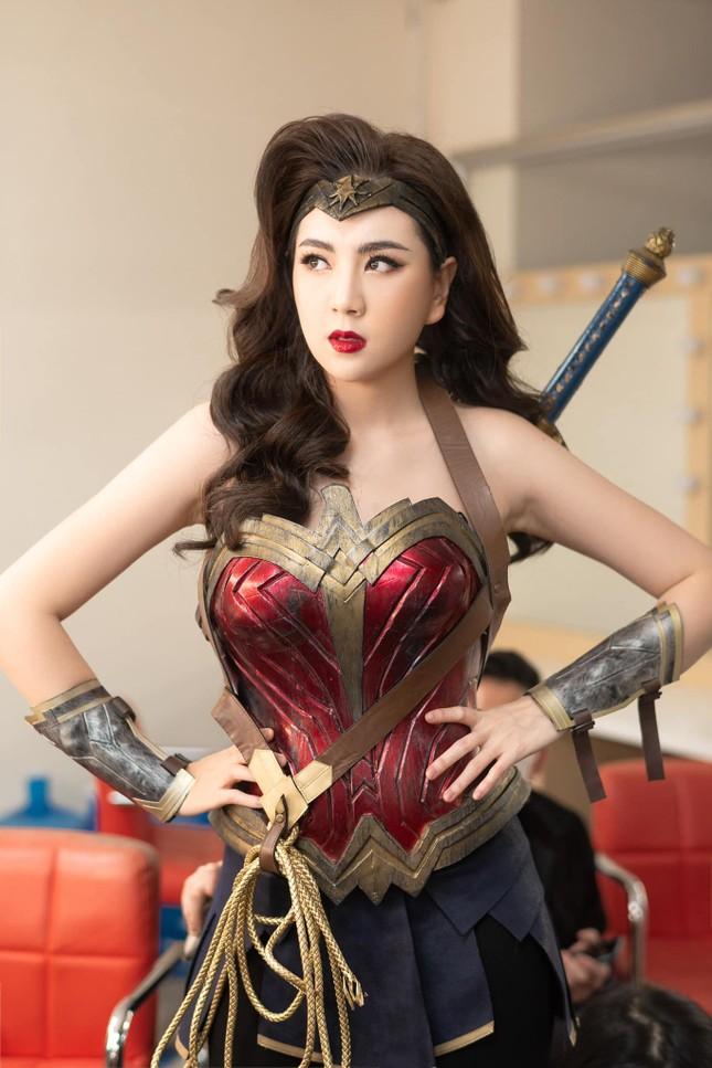 Hóa thân thành Nữ thần chiến binh, BTV Mai Ngọc đẹp bất chấp bản gốc ảnh 6