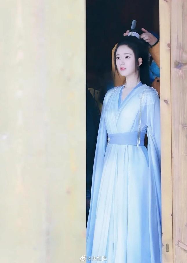 Ngỡ ngàng với nhan sắc xinh đẹp năm 26 tuổi của 'Dung Ma Ma' Hoàn Châu Cách Cách ảnh 13
