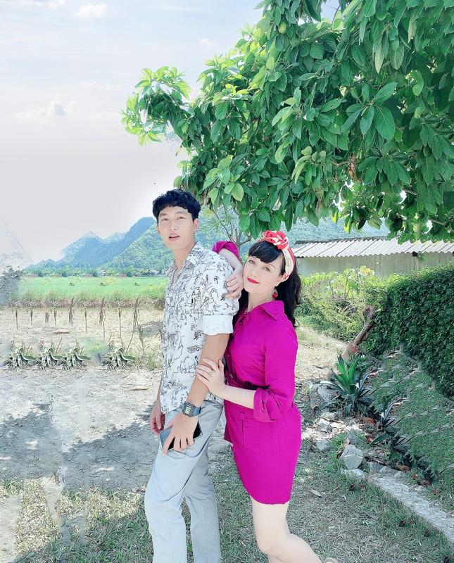 Vân Dung chia sẻ hình ảnh hóm hỉnh hậu trường phim 'Hướng Dương Ngược Nắng' ảnh 6