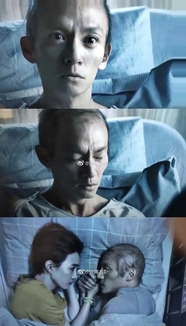 Tài tử 'Ngọa hổ tàng long' giảm 13 cân, cạo trọc đầu cho vai diễn bệnh nhân ung thư ảnh 1