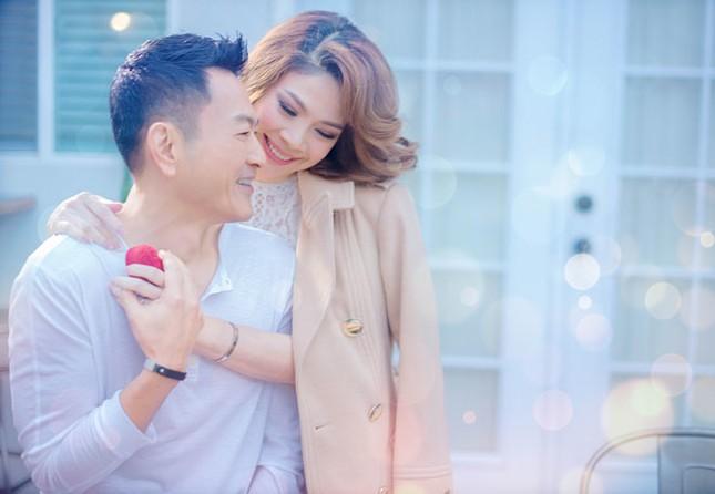 Ca sĩ Thanh Thảo sinh con gái đầu lòng ở tuổi U50 ảnh 1
