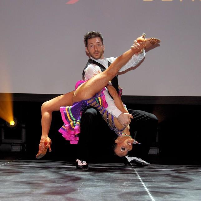 Cụ bà U80 khiêu vũ điêu luyện tại America's Got Talent 2018 gây sốt ảnh 9