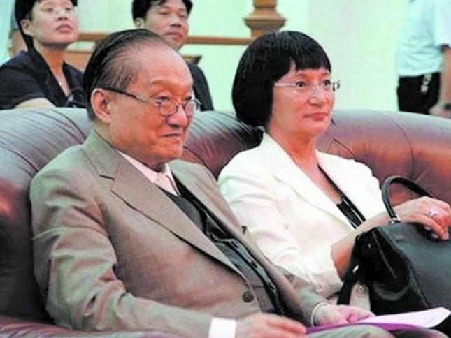 Kim Dung: Sự nghiệp vang danh, cuộc đời bi kịch ảnh 6