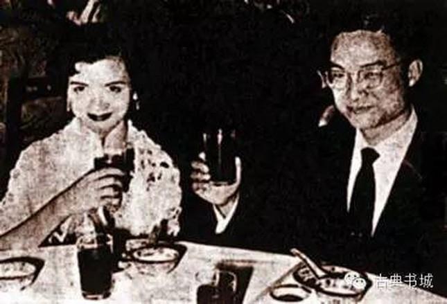 Kim Dung: Sự nghiệp vang danh, cuộc đời bi kịch ảnh 4
