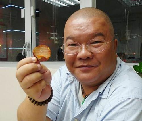 4 con của Kim Dung: Không ai theo nghiệp cha, con cả 'bi thảm' nhất ảnh 4