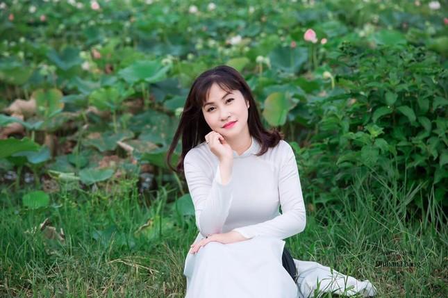 Nhan sắc vợ kém 11 tuổi của danh hài Quang Thắng ảnh 7