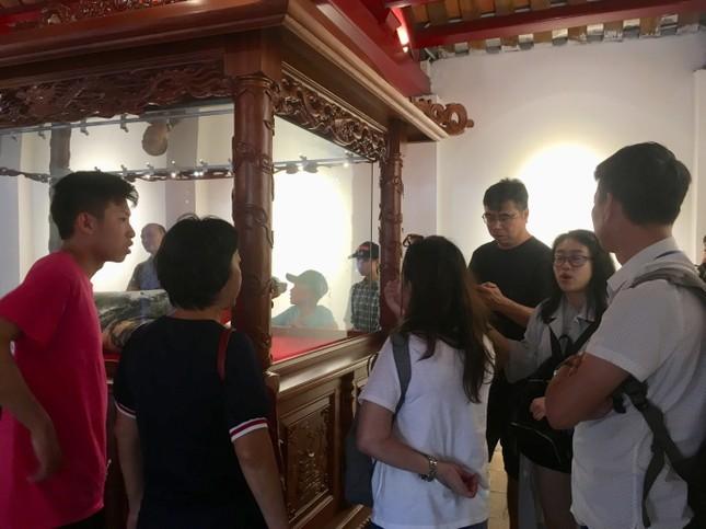 Tiêu bản cụ rùa Hồ Gươm cuối cùng thu hút người dân Thủ đô ảnh 3