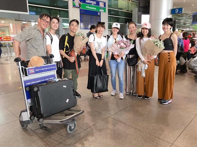 Khánh Thi tìm lại được 4 vali thất lạc khi đi nước ngoài ảnh 5