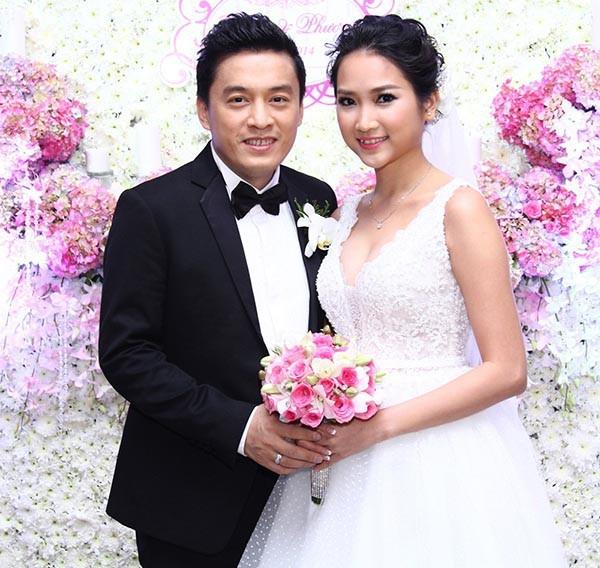 Nhan sắc ngọt ngào, gợi cảm của vợ 'anh Hai' Lam Trường ảnh 1