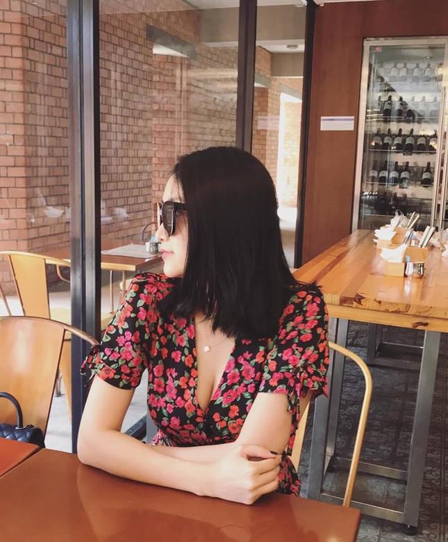 Nhan sắc ngọt ngào, gợi cảm của vợ 'anh Hai' Lam Trường ảnh 7
