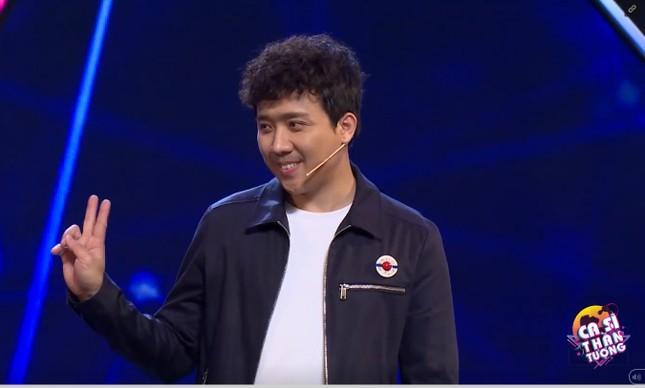 Trấn Thành gặp 'sự cố' trên sân khấu khiến khán giả ôm bụng cười ảnh 1