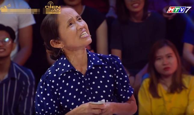 Bà Tân Vlog lại 'đại náo' mạng xã hội và 'chọc' Lê Giang ở 'Thách thức danh hài' ảnh 2