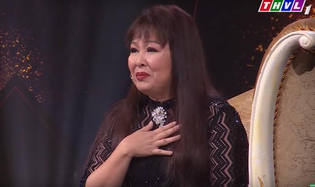 NSND Hồng Vân bật khóc khi kể lại việc bị ám ảnh bởi tiếng thét của con ảnh 1