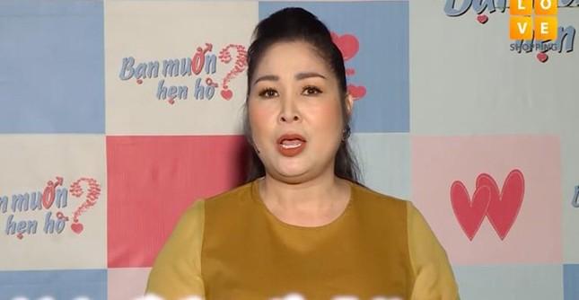 Vì sao Nam Thư bật khóc tuyên bố ngừng làm MC 'Bạn muốn hẹn hò'? ảnh 4