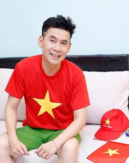 Hoài Linh lần đầu làm điều gây 'sốt' để mừng U22 Việt Nam thắng U22 Campuchia ảnh 11