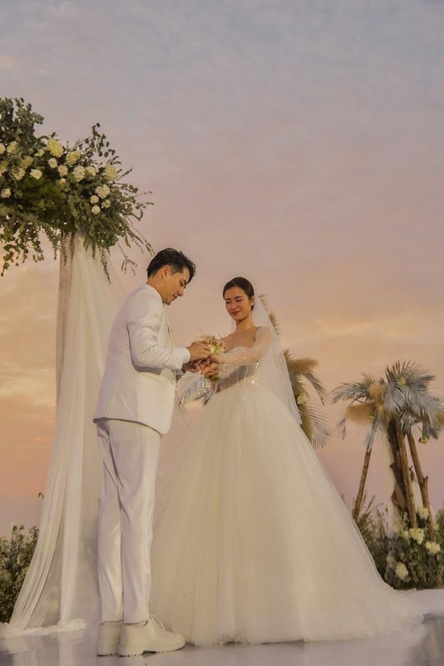 Cường Đô la, Đông Nhi và loạt sao kết hôn trong năm 2019 ảnh 4