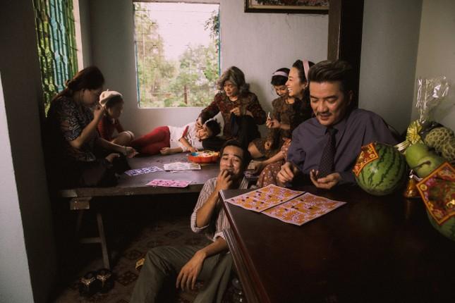Vũ Hà rưng rưng vì thấy gia đình 4 thế hệ trong dự án Tết của Mr Đàm ảnh 3