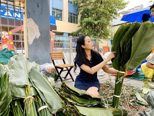 Sao Việt trang hoàng nhà cửa rực rỡ đào mai đón Tết ảnh 11