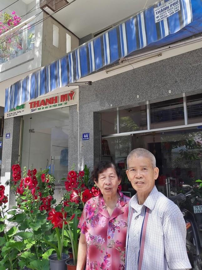 Sao Việt 27 Tết: Bảo Thanh cùng chồng đi chợ sắm đồ, Tuấn Hưng về thăm mẹ ảnh 8