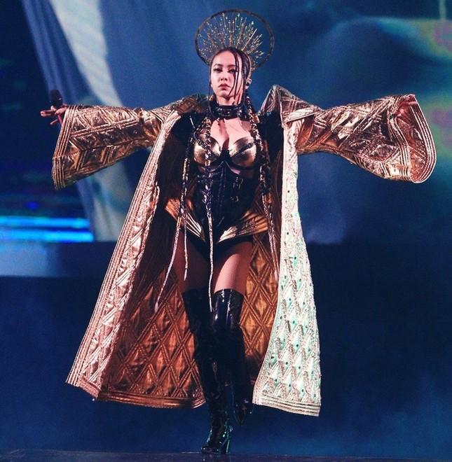 Lưu Đức Hoa và nhiều nghệ sĩ Trung Quốc hủy show ở 'ổ dịch' Vũ Hán ảnh 1