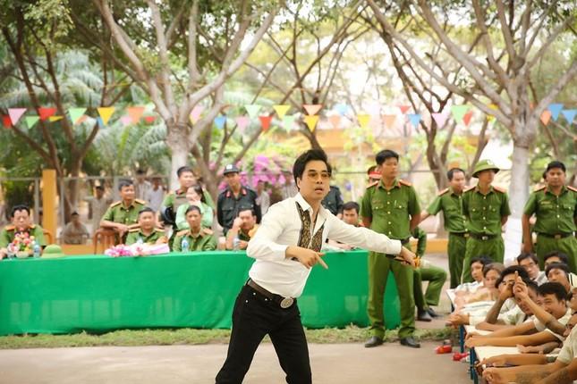 Ngọc Sơn đến trại giam hát dịp Tết ảnh 5