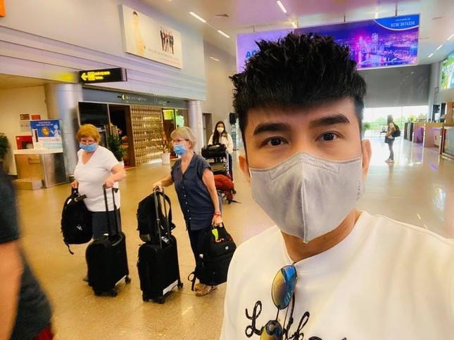 Nghệ sĩ Việt đóng cửa sân khấu, hủy show vì dịch corona ảnh 1