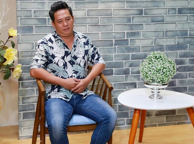 Diễn viên Lê Nam bị đột quỵ vì áp lực chuyện vợ quá ghen tuông và đòi ly hôn ảnh 3