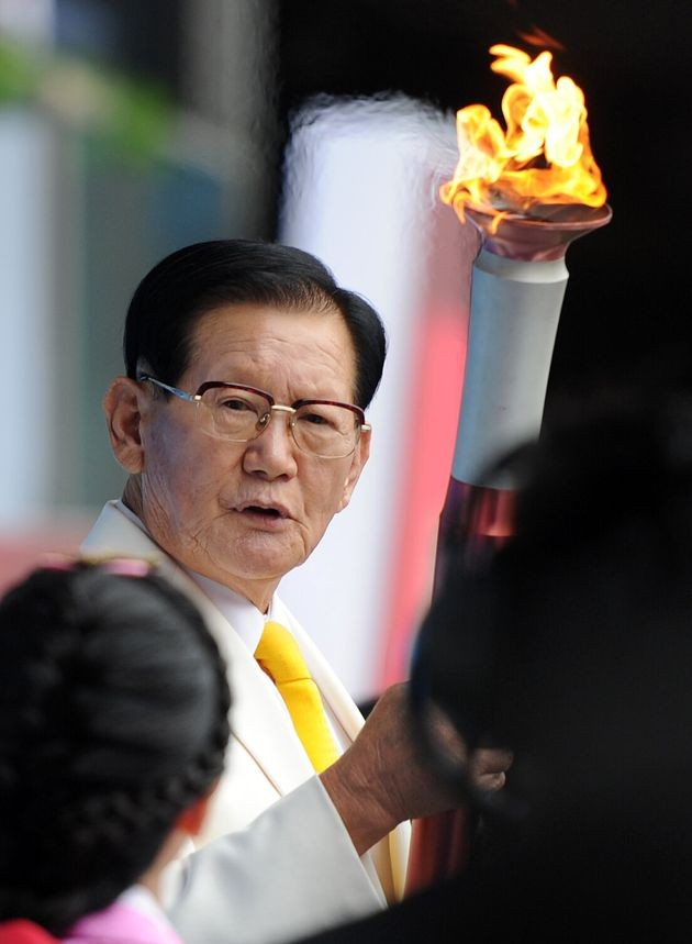 Cha vợ PSY 'Gangnam Style' bị nghi 'chống lưng' cho giáo chủ Tân Thiên Địa ảnh 2
