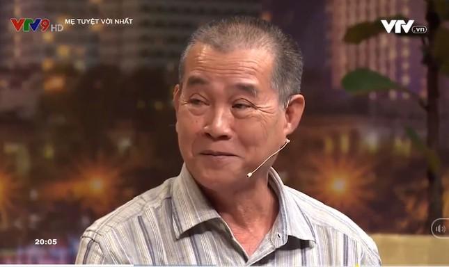 NSND Hồng Vân bật khóc khi nam thương binh vừa làm mẹ, làm cha 103 trẻ mồ côi ảnh 2