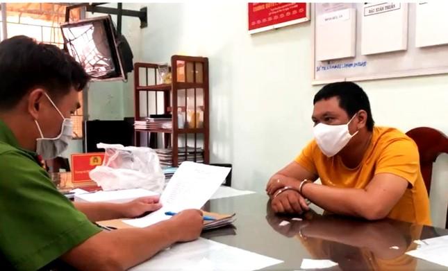 Trinh sát giả cán bộ chống dịch bắt kẻ giết trụ trì chùa Quảng Ân ảnh 1