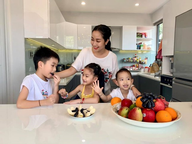 Rao bán căn hộ VIP giữa đại dịch COVID-19, Ốc Thanh Vân 'lộ' tài sản đáng ao ước ảnh 8
