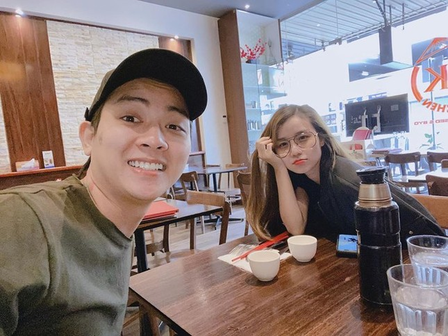 Showbiz 19/4: Sao Việt tưởng nhớ nghệ sĩ Lê Bình trong ngày giỗ đầu ảnh 7