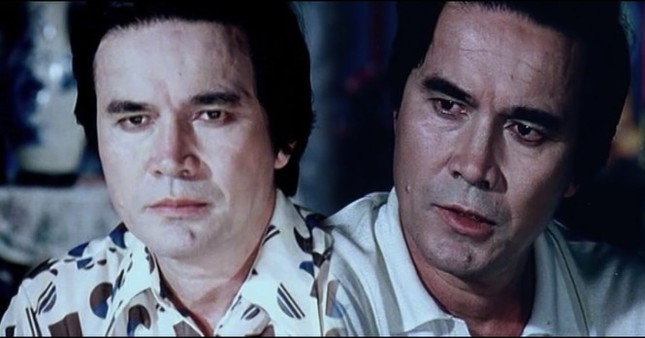 Showbiz 30/4: Huỳnh Hiểu Minh và bạn diễn ngất xỉu sau cảnh quay uống rượu ảnh 3